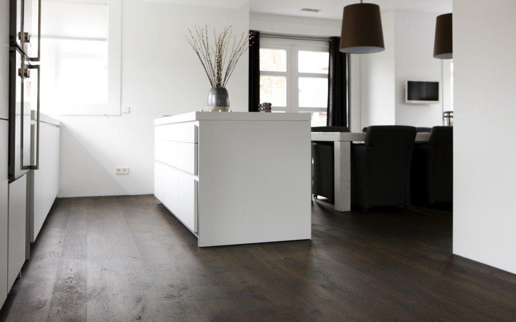 Interieur Ideeen Woonkamer Donkere Vloer : uipkes houten vloeren