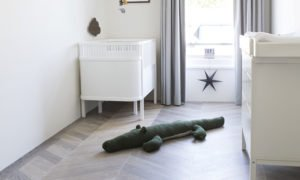 houten vloer in de kinderkamer
