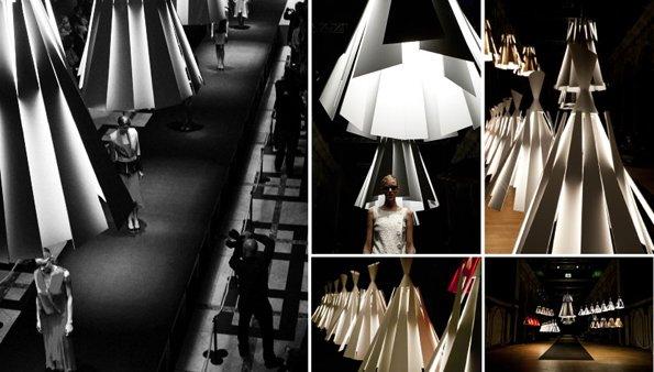 modische lamp metronome van delta light